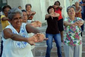 ejercicios-tercera-edad-300x201